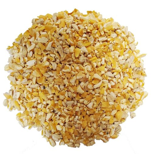 Cracked Corn, Bulk 1 LB.