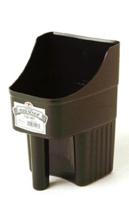 Enclosed 3 Quart Black Feed Scoop