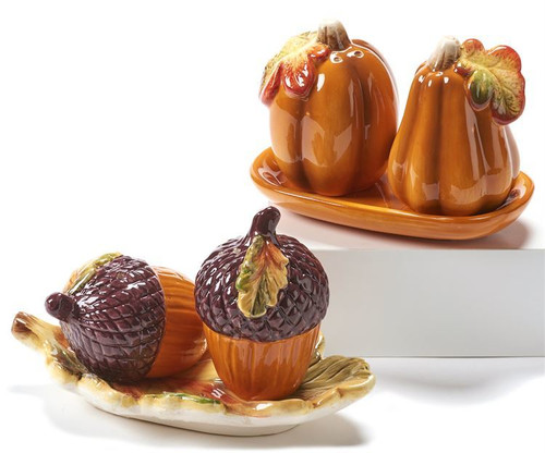 GiftCraft Autumn Salt and Pepper Shaker Set with Base