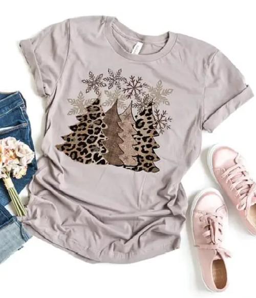 Leopard Christmas Tree Tee in Pebble Brown