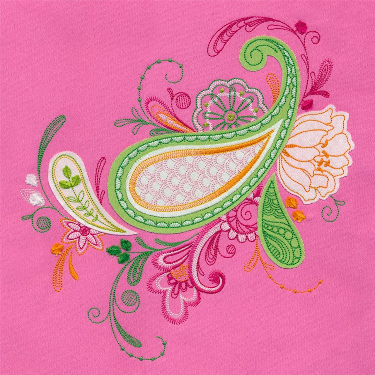 Jumbo Tufted Floral Paisley Fantasia