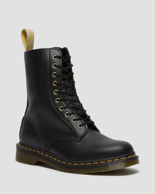 Dr. Martens 1490 Vegan Black Felix Rub Off  DR-23981001