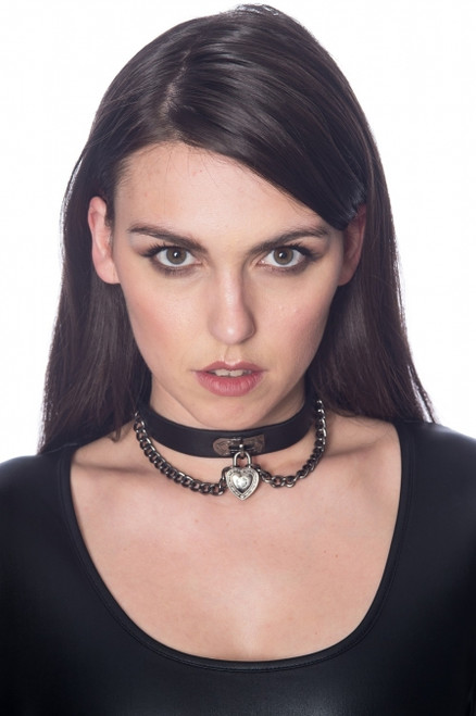Banned Mirage Heart And Chain Collar  AC2457