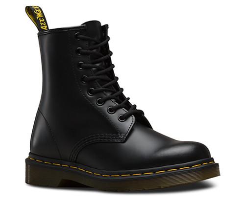 1460 smooth black doc martens