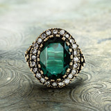 vintage-emerald-clear-crystal-ring-edwardian-style-antique-gold-plated