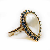 vintage-pear-shaped-pearl-bead-blue-swarovski-crystals-yellow-gold-plated-ring