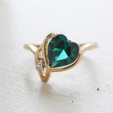 Vintage Jewelry Emerald Swarovski Crystal Heart Ring 18k Yellow gold Electroplated Made in the USA
