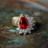 Vintage Ring Ruby Cubic Zirconia and Clear Swarovski Crystals 18kt Yellow Gold Electroplated