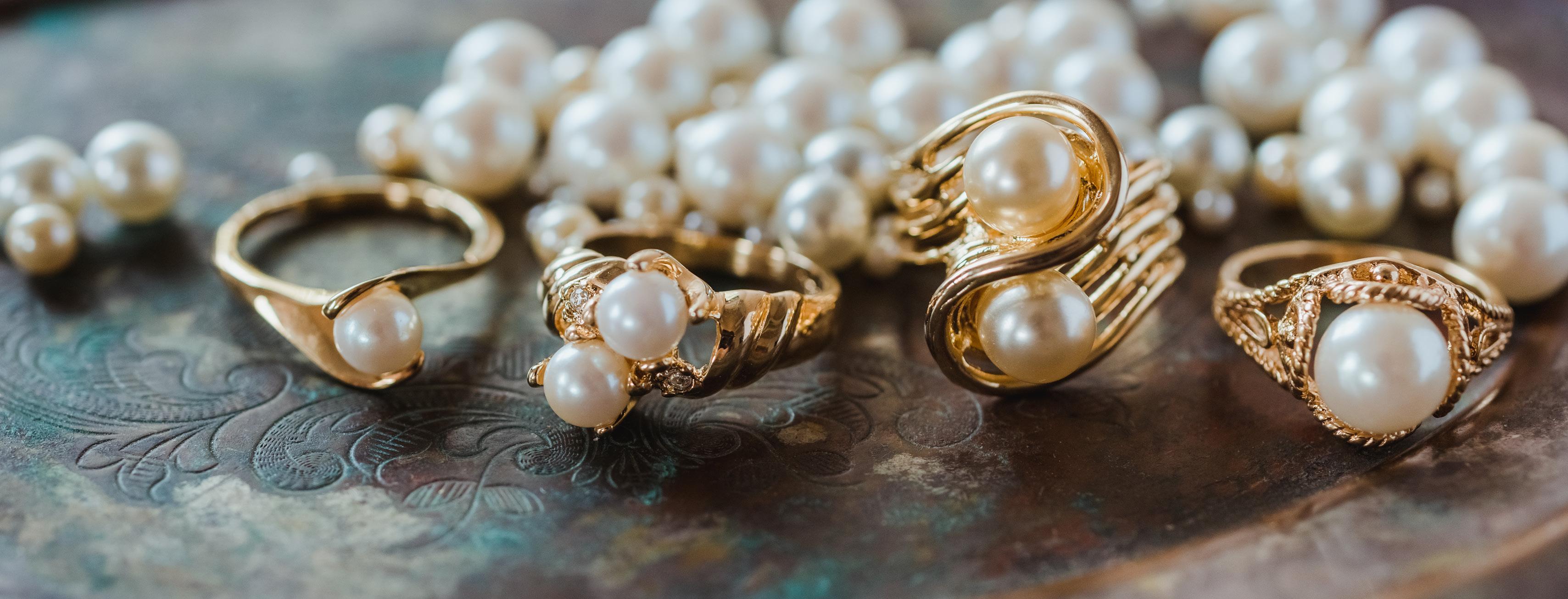 June birthstone vintage pearl ring - cubic zirconia - clear Swarovski crystals