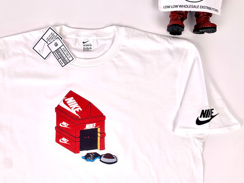 Nike Shoebox Doghouse Graphic Tee