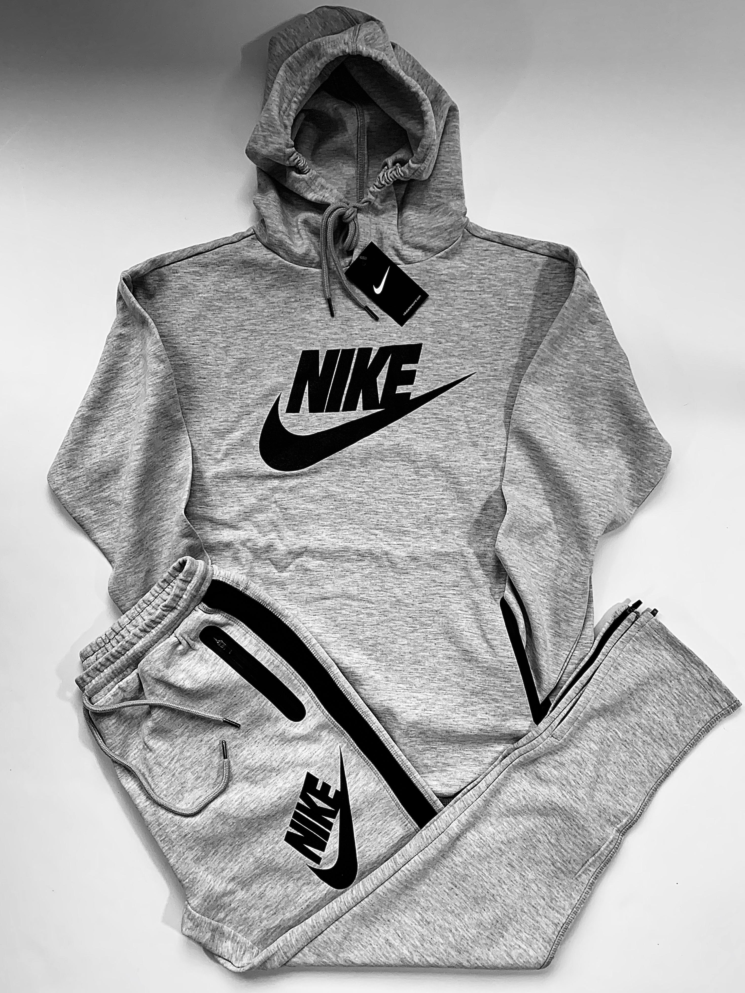 Men Nike Sweatsuit - Low Low Wholesale