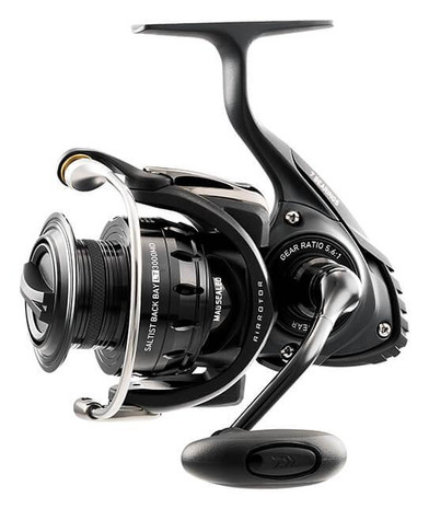 Daiwa Saltist Back Bay LT Light & Tough Spinning Reel - 043178145036