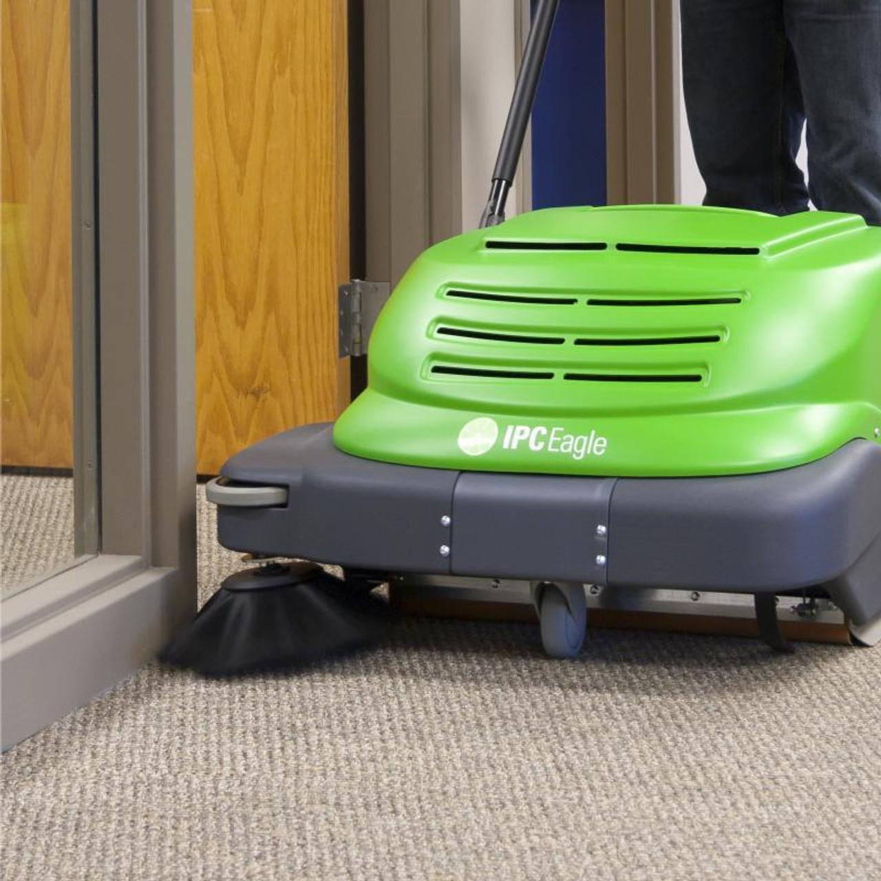 No leaving dirt behind in doorways with the SmartVac 664.
