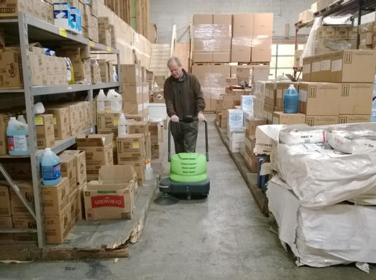 The SmartVac 464 is great for tight aisles in small warehouses.