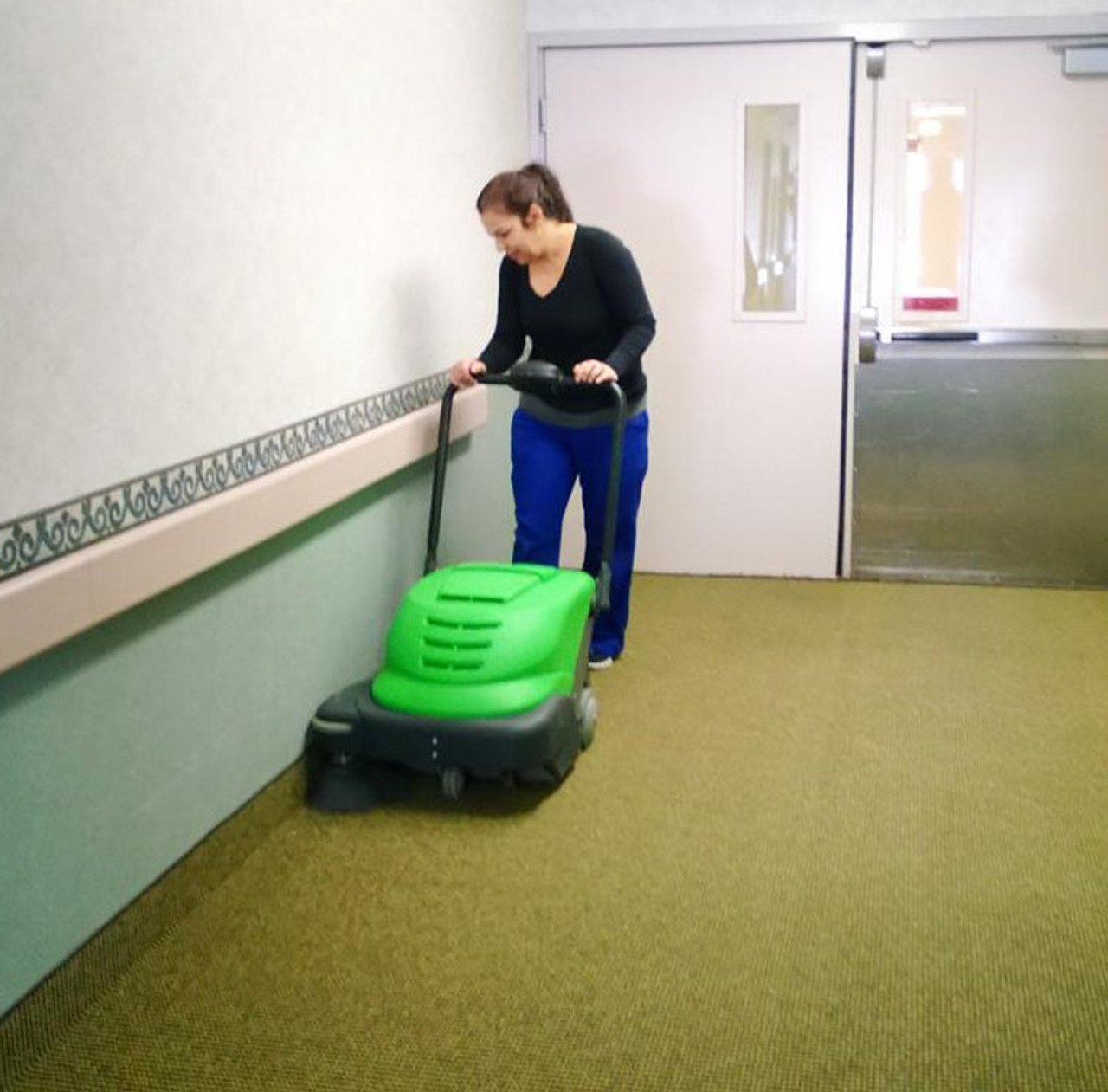 The IPC Eagle 464 Sweeper is so quiet it is perfect for hospital use.