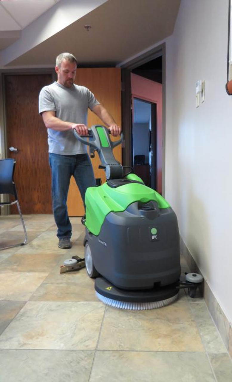 Clean right up to walls or other vertical surfaces.