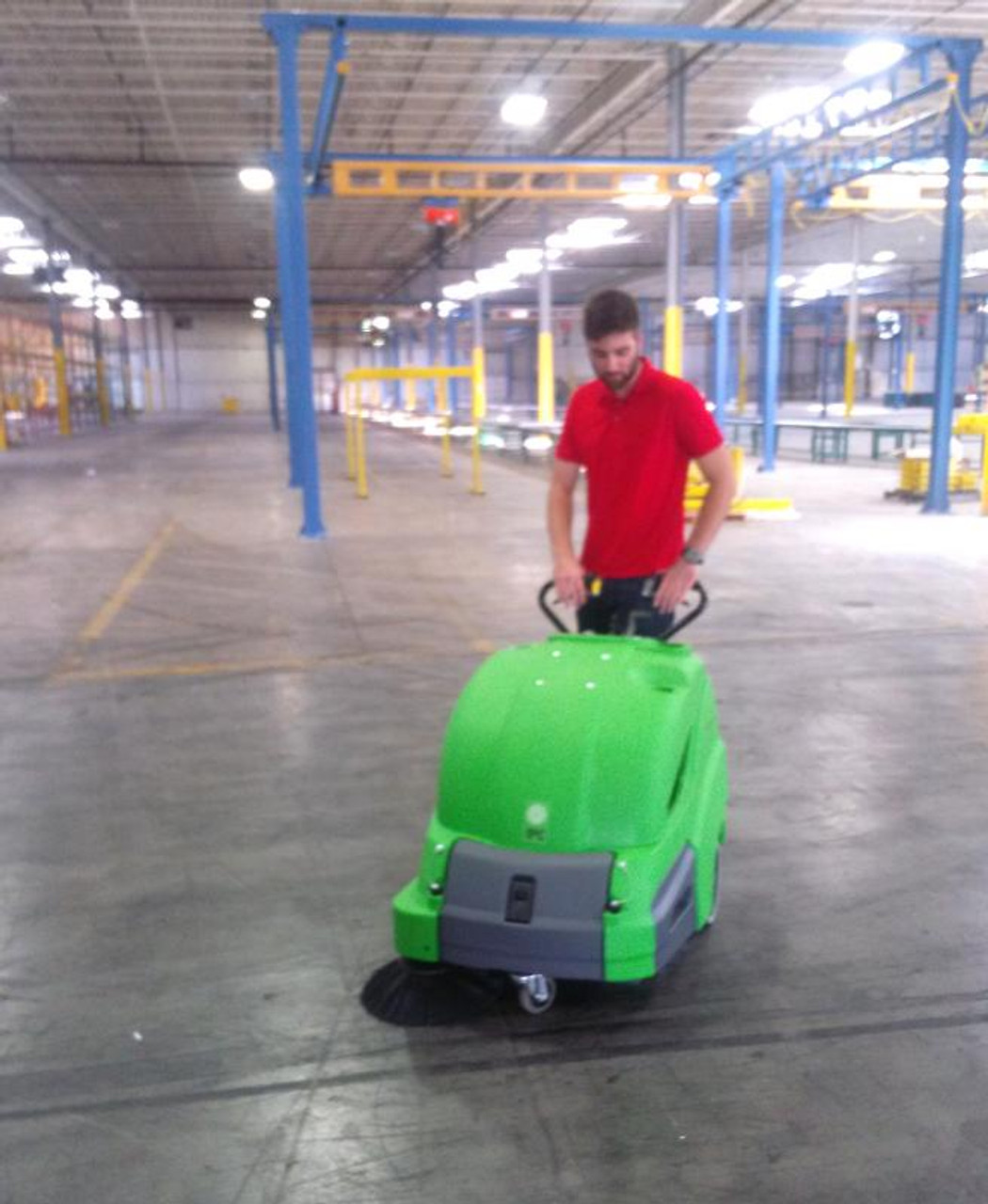Quickly clean large warehouses - keeping floors safe and clean.