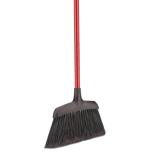 Firm but flexible angle broom with long-lasting fibers, made with recycled PET.