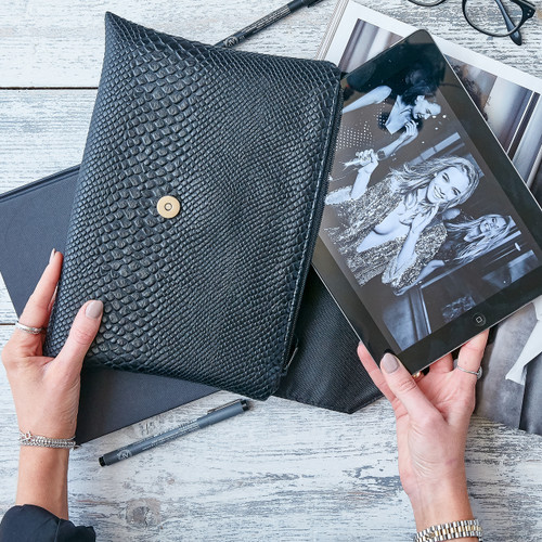 Mamba Clutch / ipad case