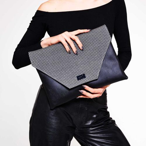 Zinc Giant Clutch/Laptop case