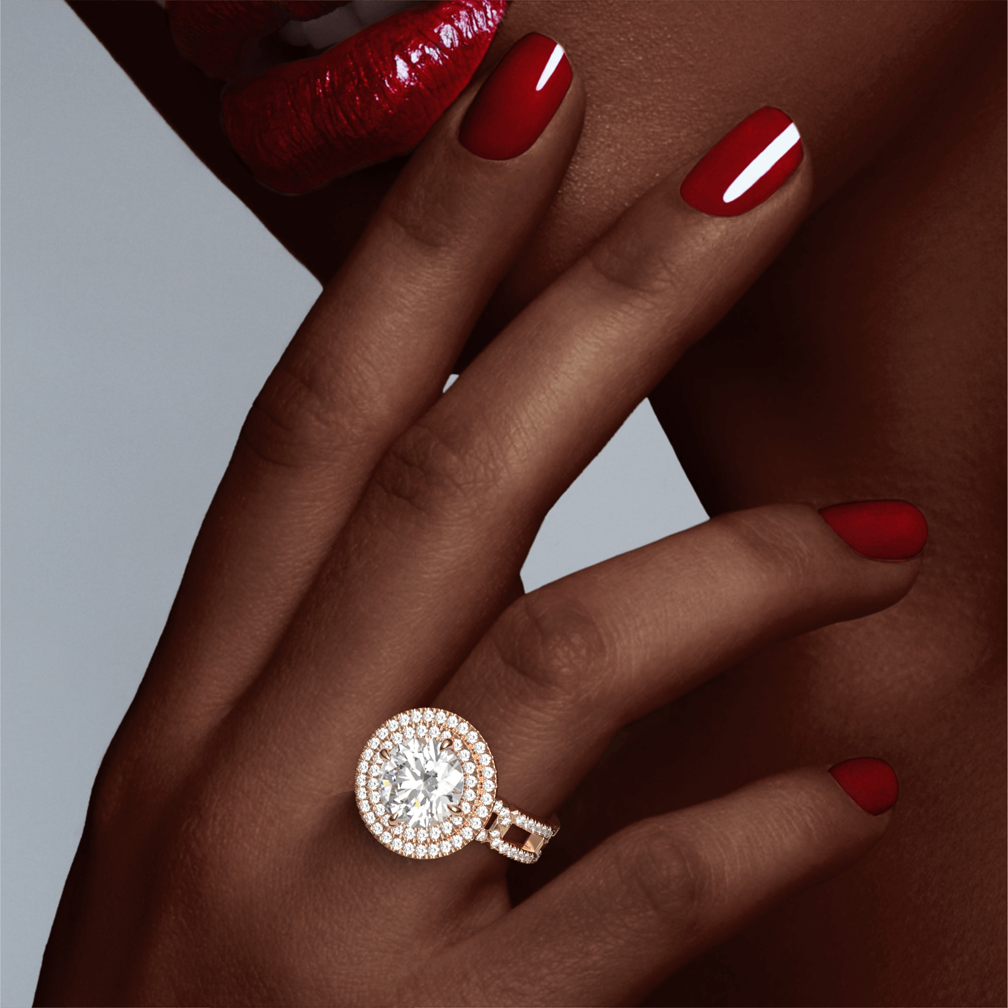 ROUND CUT, DOUBLE HALO SETTING, 8 PAVE LINKS, 18K ROSE GOLD