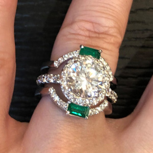 emerald custom diamond ring