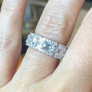 links with emerald cut diamonds