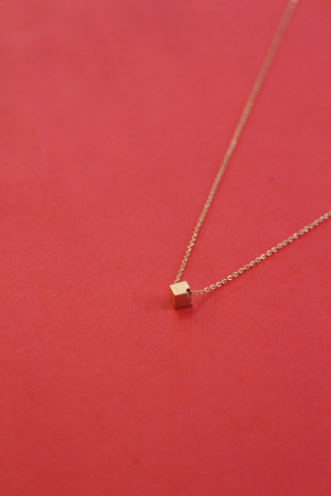 Cube Necklace - Gold