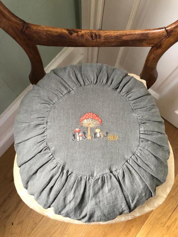 Round Cushion - Large