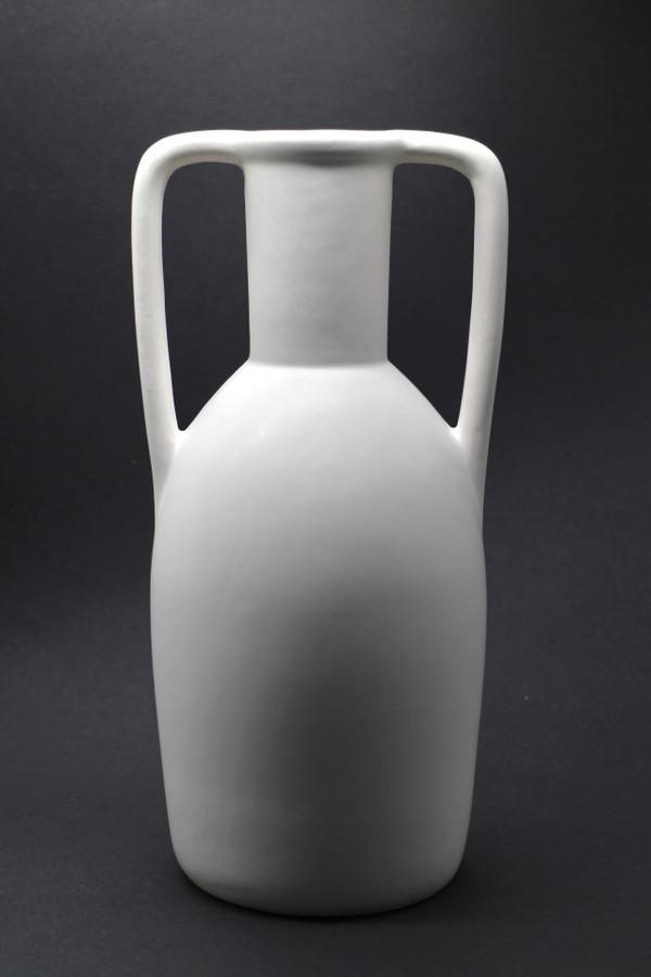 Leah Vase