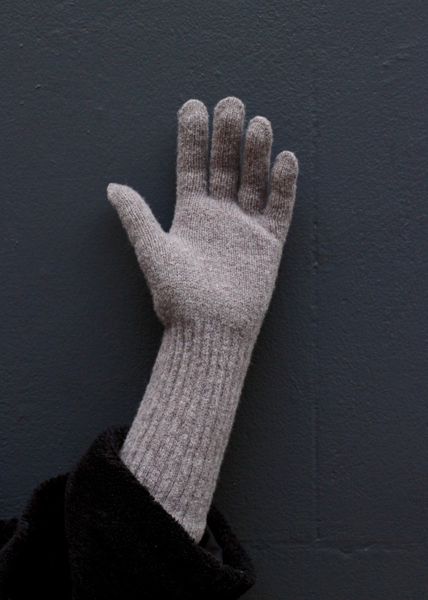 Long Cuff Wool Glove