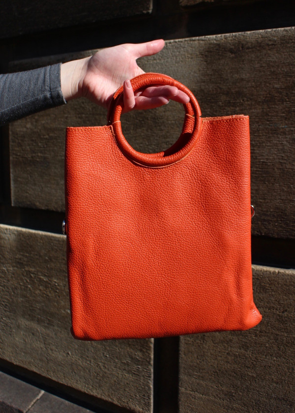 Round handle bag - burnt orange