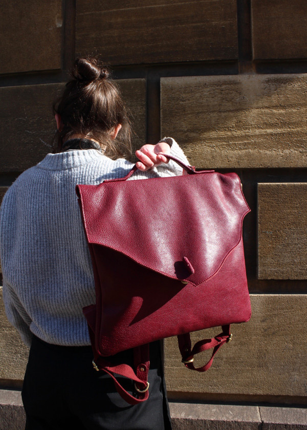Washed leather rucksack - red