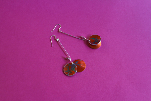 Cupped Dangle Earring