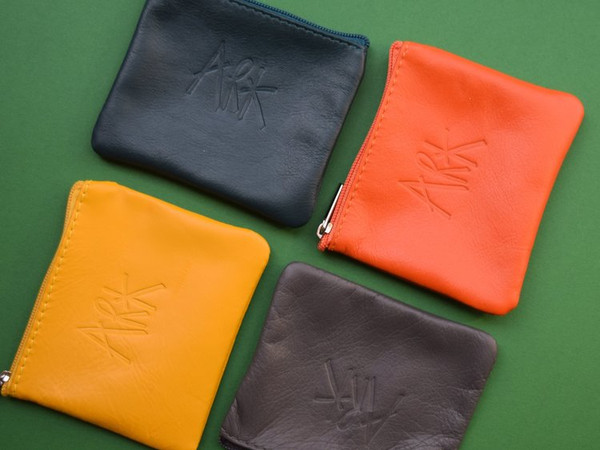 Small Flat Leather Pouch