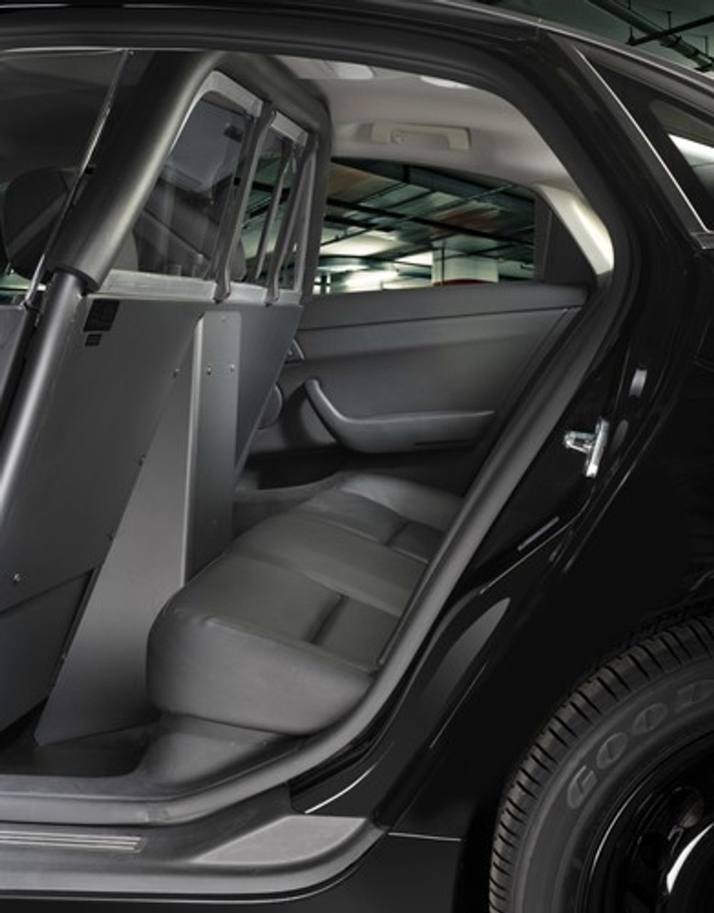 Setina Police Partition Cage with Recessed Panel for Cars SUVs Trucks and Vans for Prisoner Transport, ideal for gun rack mounting and longer consoles