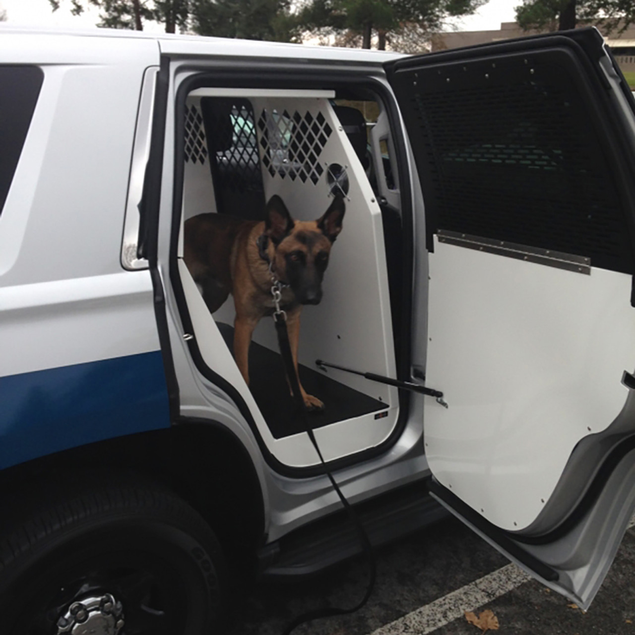 Havis K9 C23 Police K9 Dog Kennel Box Transport System For Chevy Tahoe 2015 2020 Choose White Or Black Kit Housing With One Front Sliding Door Aluminum Door Panels And Fold Down Interior Window Guards