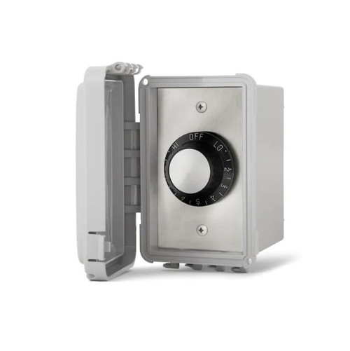 Infratech 240V Single Input Regulator Stainless Steel Surface Mount Plate With Deep Gang Waterproof Box And Cover - 14-4220