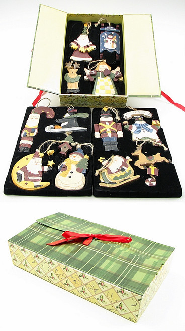 Wooden Christmas Ornament set of 12 (0126-80488)