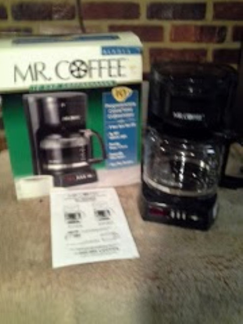 Mr Coffee 10 Cup Programmable Clock Timer Coffee Maker (BLX213)