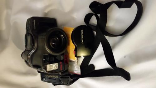 OLYMPUS INFINITY SUPER ZOOM 330 Camera (330)