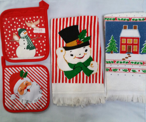 Holiday Hand Towels and Pot Holders 4 pcs set