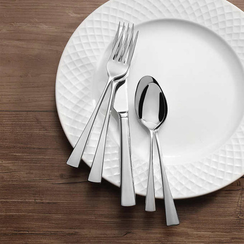 Mikasa 65-piece Flatware Set choose from 2 pattern (5251709)