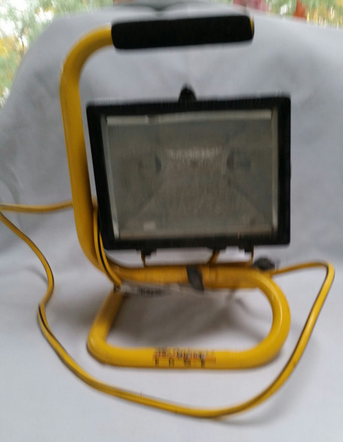 The Degignery Edge Halogen Work Light