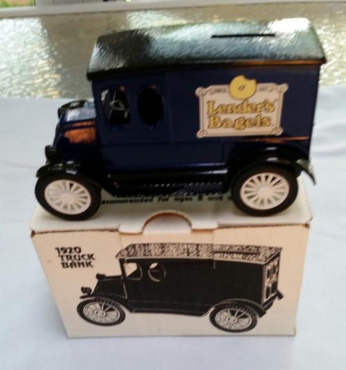 Ertl 1920 American Classic International Lender's Bagels Truck Bank Die Cast Metal (GA-3124 )