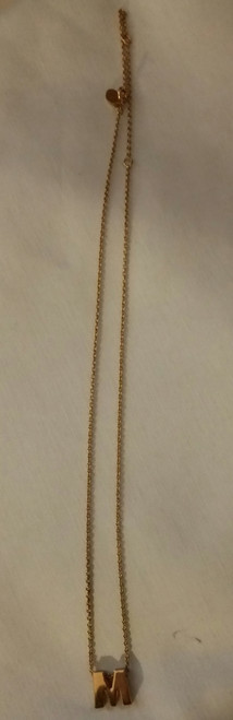 "Vintage 10"" Gold Finish Chain with ""M"" Pendent (10 m)"