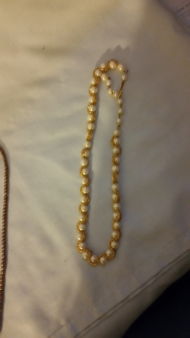 "Vintage 18"" white pearl like with gold like trim Necklace"
