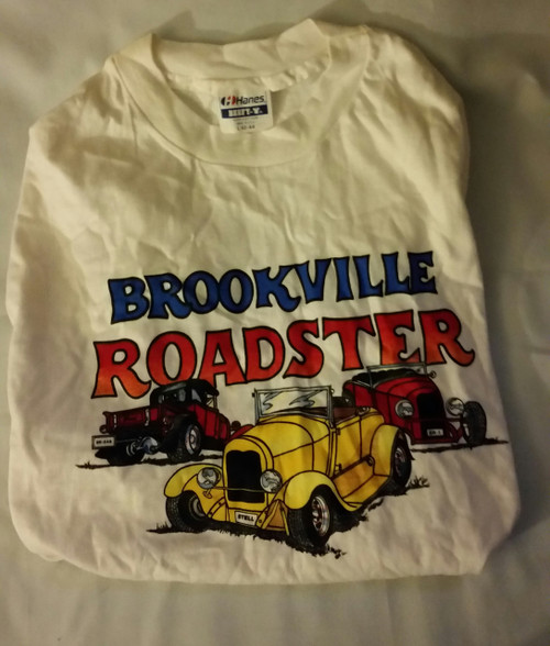 Brookville Roadster Men Tee Shirt by Hanes (42-44)