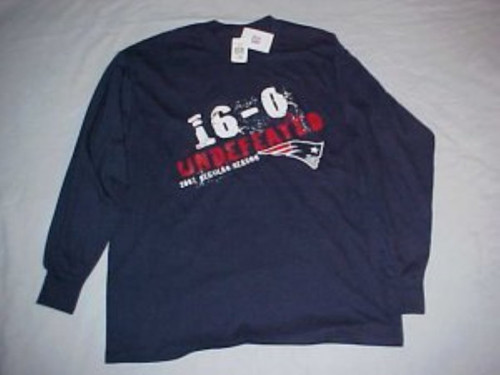 Collectible N.E. Patriots 16-0 Undefeated 2007 Long sleeve shirt (160)
