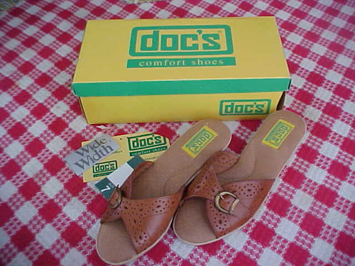 Doc's Comfort Women Shoes